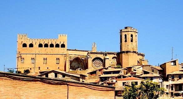 Castillo-e-Iglesia-Valderrobres