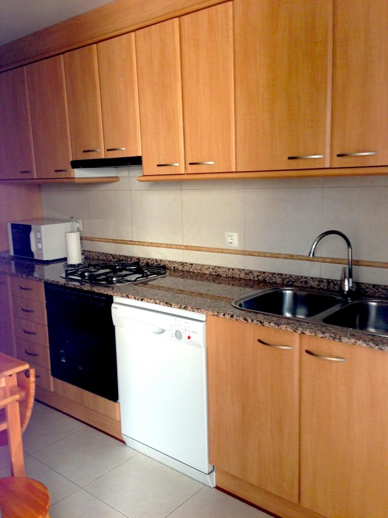 Cocina completa en apartamentos Valderrobres